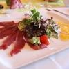 Salat mit Wildschinken und Feigenchutney