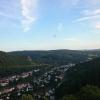 Blick Richtung Idar-Oberstein, mit Heißluftballon