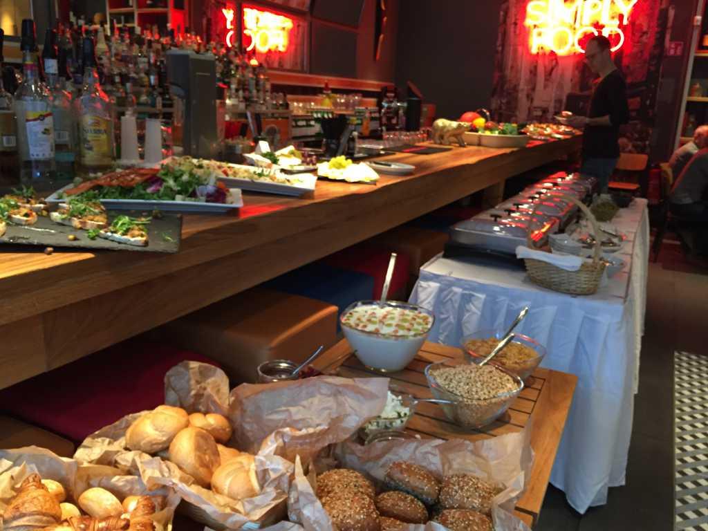 Bild zur Nachricht von Simply Food Restaurant