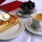Foto zu Schilfbucht · Seehotel Maria Laach: Sehr feiner, saftiger gedeckter Apfelkuchen