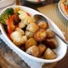 Kartoffeln und Gemüse zum Schweinefilet
