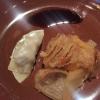 ...komplett mit Kimchi und Sojareduktion
