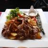 Lammkoteletts mit frittierte Kartoffeln
