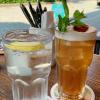Tafelwasser / Himbeer Ice Tea (Hochformat)
