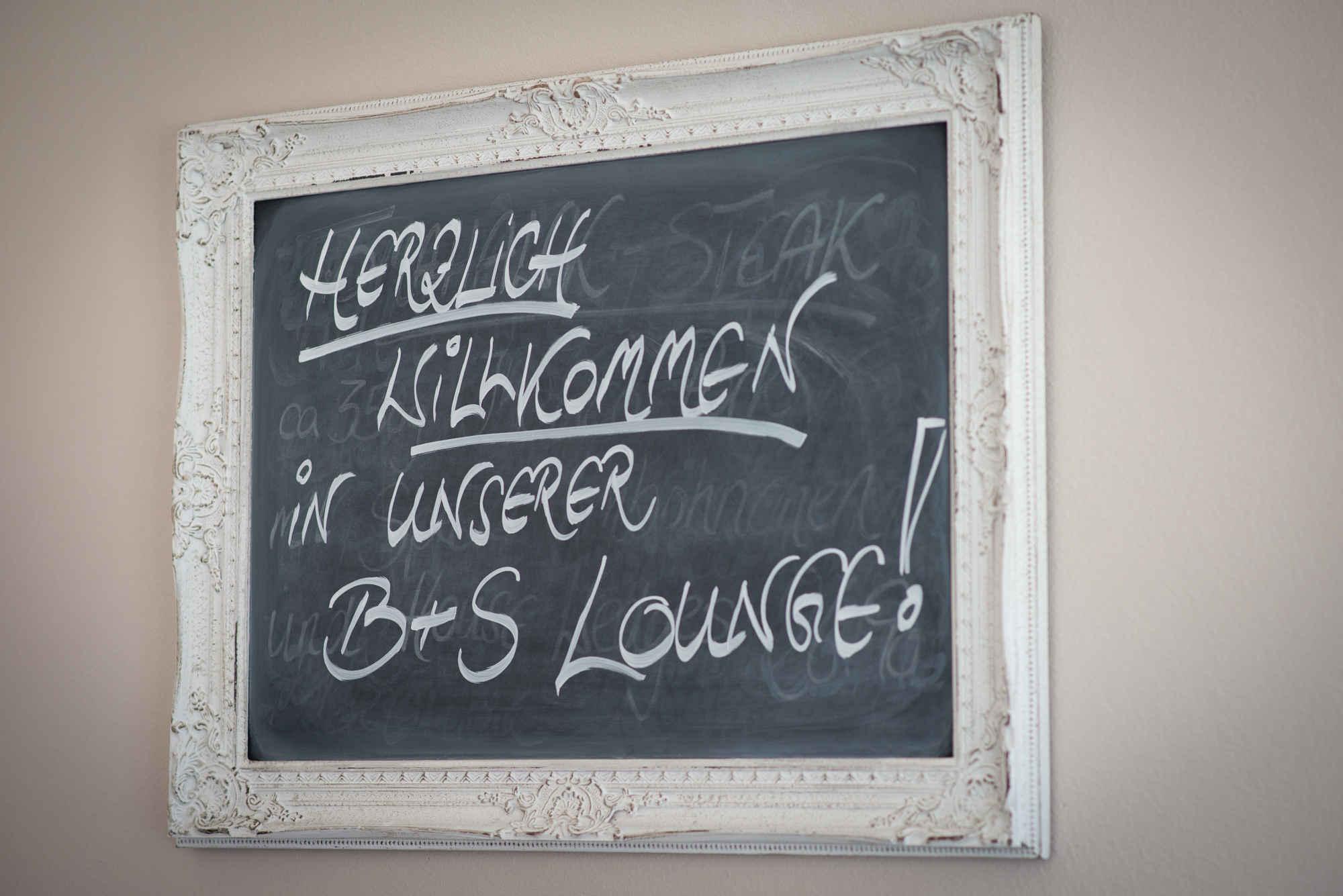 Bild zur Nachricht von B&S Lounge