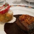 Foto zu Zum blauen Fuchs: Bavette mit Chorizohaube, Kartoffelgemüsetörtchen, Steinpilzsauce