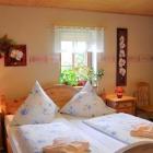 Foto zu Pension zum Kunthandwerkerhaus: Doppelzimmer Ludwig