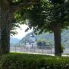 Blick vom Biergarten auf die Burg Pfalzgrafenstein
