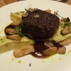 Gegrilltes Rinderfilet, Markkruste, Pilzreduktion, Kartoffel-Trüffelpüree