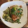 Lachsfilet mit Bandnudeln, Spinat, Kirschtomaten und Sahne für 22,90 €
