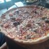 Viel zu große Pizza, das macht keinen Spass