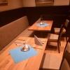 Tische im alten Teil des Restaurants