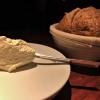 Sauerteigbrot / Joghurtbutter