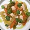 lachsforelle. sashimi. kimchi. kaffir-limetten-öl. erdnusscrème.