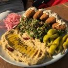 Foto zu Cafe und Bistro Layalina: 23.5.19 / Falafel mit Tabule Salat