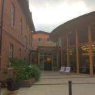 Foto zu Hotel Brunnenhaus Schloss Landau: Hoteleingang