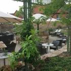 Foto zu Hotel Brunnenhaus Schloss Landau: Terrasse
