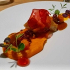 Foto zu High Kitchen: Perlhuhn, Hokkaido-Kürbis, Cranberries