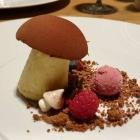 Foto zu High Kitchen: Mousse Belgische Schokolade Waldbeeren