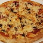 Foto zu Mando's Orientalische Spezialitäten: Pizza Salami