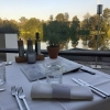 Ausblick vom Tisch auf den See