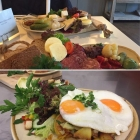 Foto zu Café - Restaurant Schatthuus: Brotzeit mit Rückers Käseauswahl  & ostfriesischer Pümmelwurst - und  knusprige Bratkartoffeln mit Spiegelei - einfach lecker!