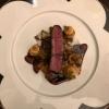 Bison Filet mit Mais Relish, Mirabellen und Cassis Jus