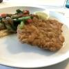 Wiener Schnitzel mit gegrilltem Gemüse (auf Wunsch)