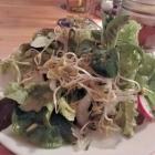 Foto zu Starker Tobak im Hotel Duwakschopp: Kleiner gemischter Salat