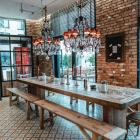 Foto zu Holly's | Restaurant & Café: Holly's | world food & lifestyle: wir bieten auch für größere Gruppen einen schönen Platz.