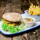 Foto zu Holly's | Restaurant & Café: Holly's | world food & lifestyle: geschmackvolle Burger