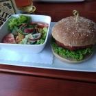 Foto zu Gaststätte ZUM REITERHOF: Burger