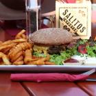 Foto zu Gaststätte ZUM REITERHOF: Cowboyburger