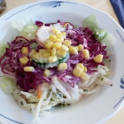 Foto zu Restaurant Irodion: Beilagensalat mit SAHNEDRESSING und MAIS!