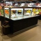 Foto zu REWE Markt Messerschmidt: Unsere Salatbar im Eingang bietet eine sehr große Auswahl an frischen Salaten