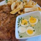 Foto zu Zum Bembelsche: 05.09.21, Frankfurter Schnitzel mit Pommes