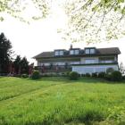 Foto zu Landgasthof Zellmühle am Haunestausee: DAs Haus