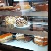 Frische hausgemachte Kuchen + Torten