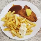 Foto zu TAM's Bistro + Kiosk + DHL Paketshop: Schnitzel mit Pommes Frites