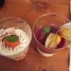 Zwei Desserts, einer