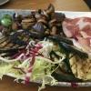 gemischte Platte: Wurst, Käse, Gemüse