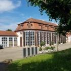 Foto zu Restaurant - Cafe Schloss Seehof: Aussenansicht