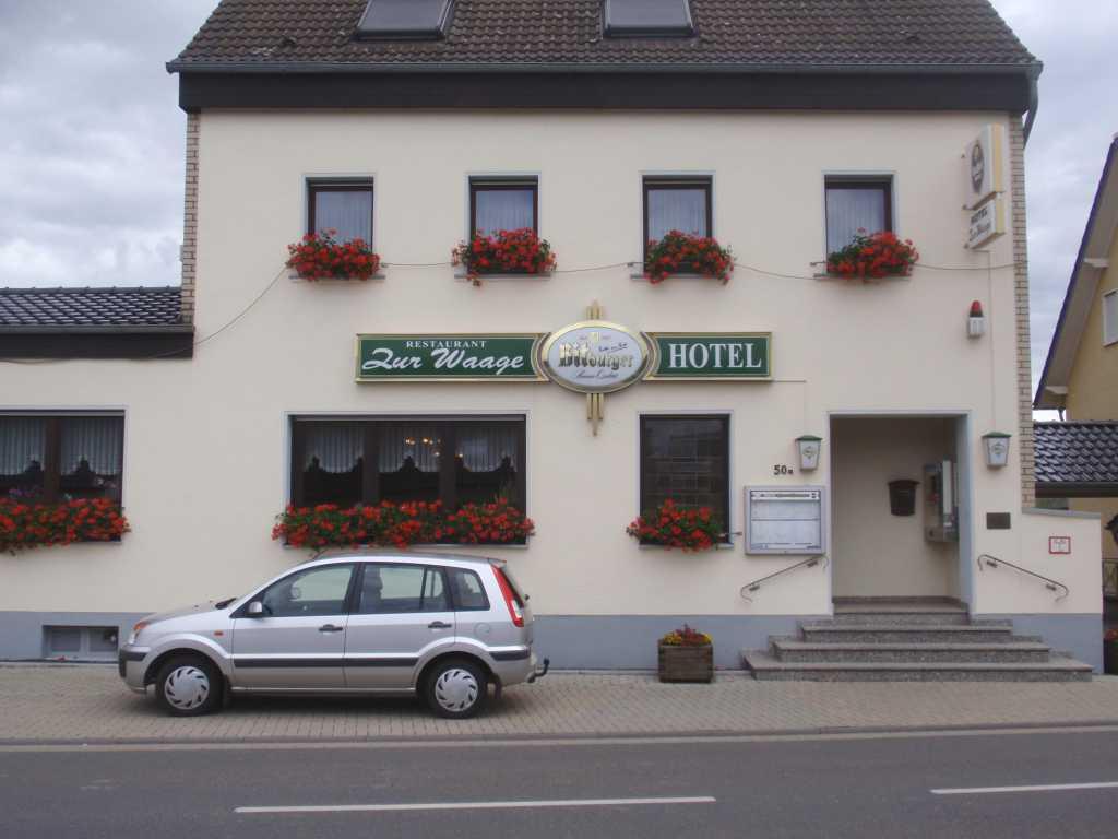 Restaurant Im Hotel Zur Waage Restaurant Biergarten In 53902 Bad