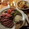 Roastbeef, Bratkartoffeln, Sauerkraut