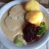 Rinderbrust mit Sahnemeerrettich, Klößen und Salat (8,00€)