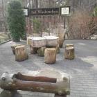 Foto zu Waldgaststätte mit Kegelbahn: Biergarten Waldgaststätte