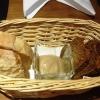Vorweg: Brot mit Blumenkohlcreme