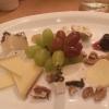 Käseauswahl mit Feigensenf und Portweinpflaumen (Früchtebrot außer Sicht)