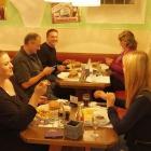 Foto zu mik's Ratskeller: Unsere Testesser. Ausgelost durch die Weser-Ith-News. Vielen dank nochmal dafür :)