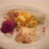 Eis- und Sorbetteller mit Früchten